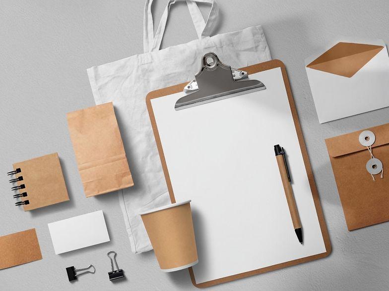 Lokowanie produktu – jak to działa w przypadku gadżetów z nadrukiem?