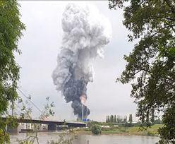 Wielka eksplozja w pobliżu firmy farmaceutycznej. Nad nią kłęby dymu
