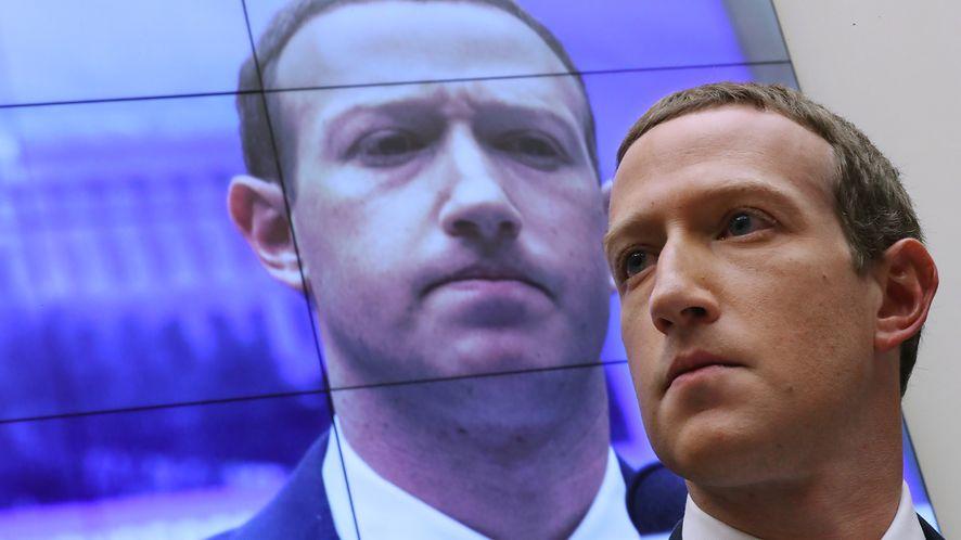 Fatalny błąd Facebooka /Fot. GettyImages
