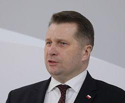 """Przemysław Czarnek ostro. """"Samorząd chce demoralizować dzieci"""""""