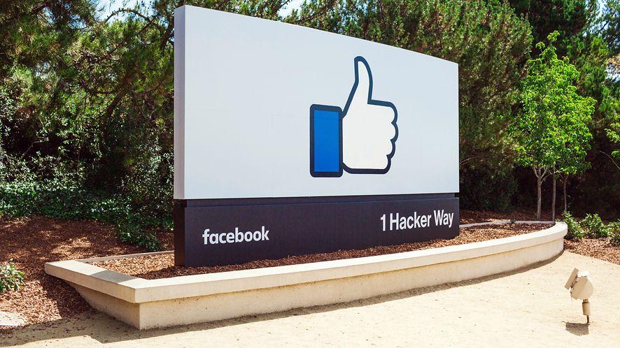 Tak upadnie Facebook? Sprawa Cambridge Analytica zatacza coraz szersze kręgi