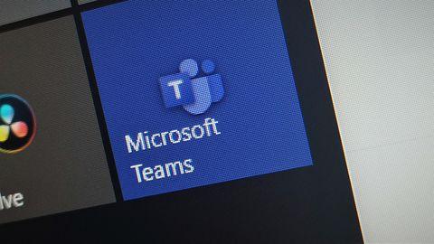 Popularność Microsoft Teams wykorzystana przez oszustów. Uwaga na fałszywe e-maile
