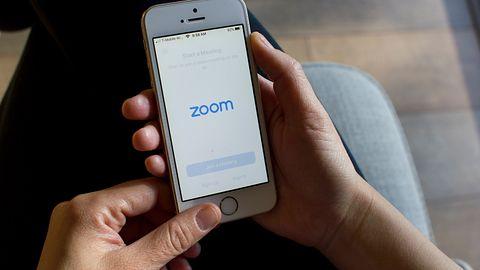 Wyciekły loginy i hasła do kont Zoom. Szybko trafiły na forum w dark webie
