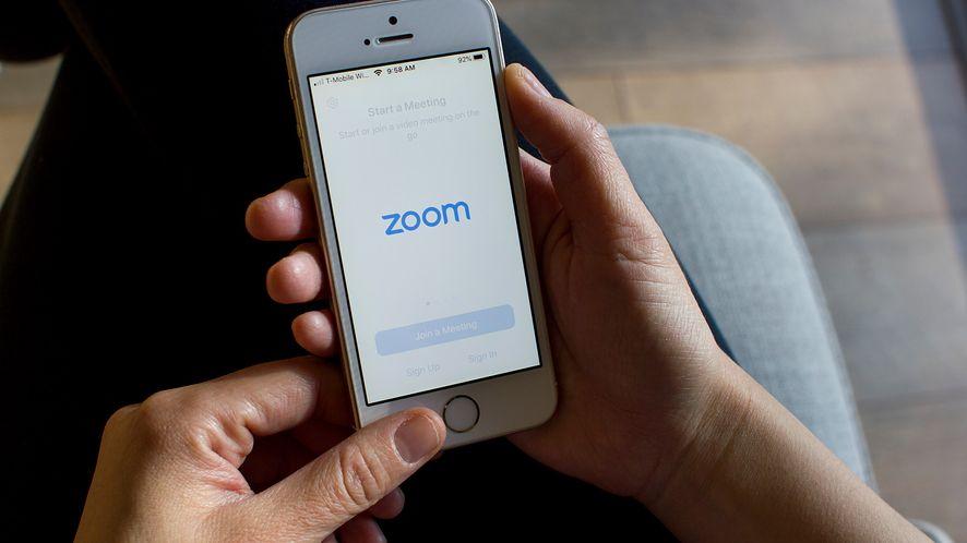 Zoom zbiera same kiepskie opinie od ekspertów cybersec /Fot. Shutterstock