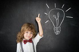 Łatwe, trudne i śmieszne zagadki dla dzieci. Jak wpływają na rozwój dziecka?
