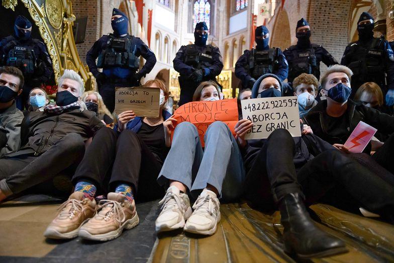 Protest Kobiet. Chcą blokować ulice w całej Polsce. Będzie gorąco