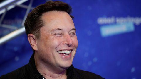 """Elon Musk: """"jestem zwolennikiem Bitcoina"""". Tyle wystarczyło, żeby kurs znowu wystrzelił"""