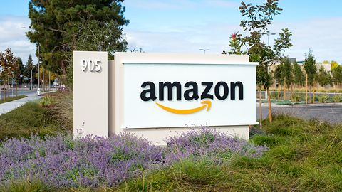 Amazon: odchodzi prawa ręka Bezosa. A mógł być jego następcą