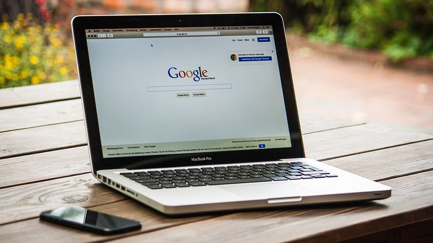 Google oddaje więcej władzy nad reklamami w ręce użytkowników