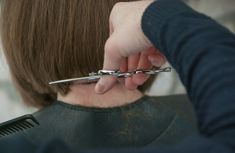 Koronawirus w Hiszpanii. Polka opowiada o tym, jak wyglądają salony fryzjerskie