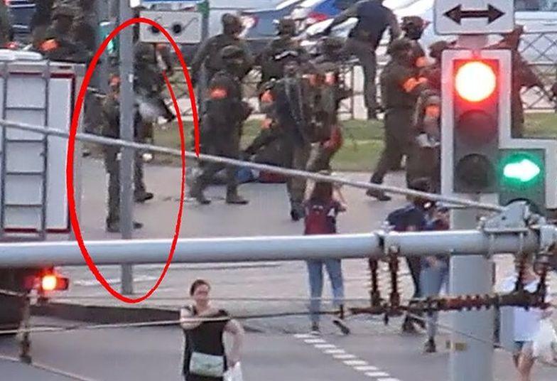 Żołnierz strzelił do dziennikarki. Wstrząsające nagranie z Białorusi