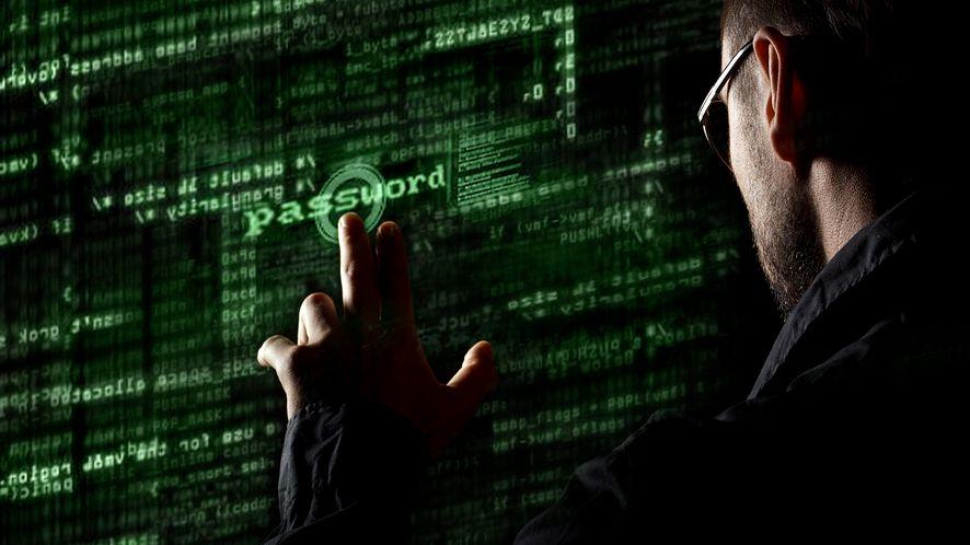 Alior Bank ostrzega klientów przez zagrożeniami, depositphotos