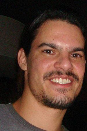 """Po trafieniu w ręce """"tajniaków"""" Gonzalezowi już nie było do śmiechu."""