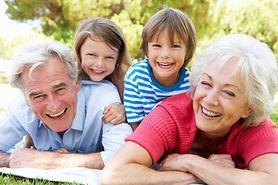 Na siłowni z babcią i dziadkiem. Sport łączy pokolenia