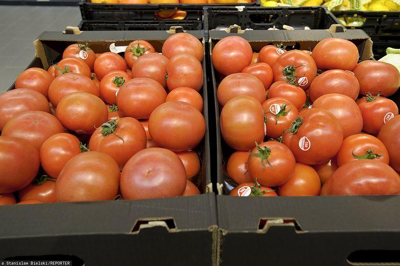 Najbardziej toksyczne owoce i warzywa. Lepiej ich nie kupować