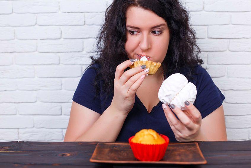 Jedzenie zbyt dużych ilości cukru powoduje chroniczne zmęczenie