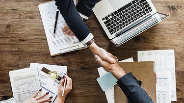 Przedłużona gwarancja i ubezpieczenie wyświetlacza - szybkie Q&A - źródło: pixabay.com