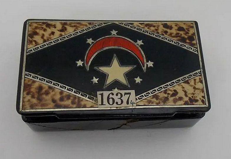 Otworzyła pudełko cygar. Archeologiczny skarb odnaleziony po 75 latach