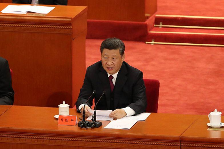 """Nazwał prezydenta Chin Xi Jinpinga """"klaunem"""". Teraz zaginął"""