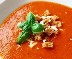 Hit TikToka. Pyszna zupa, która robi się sama. Przepis dla leniwych
