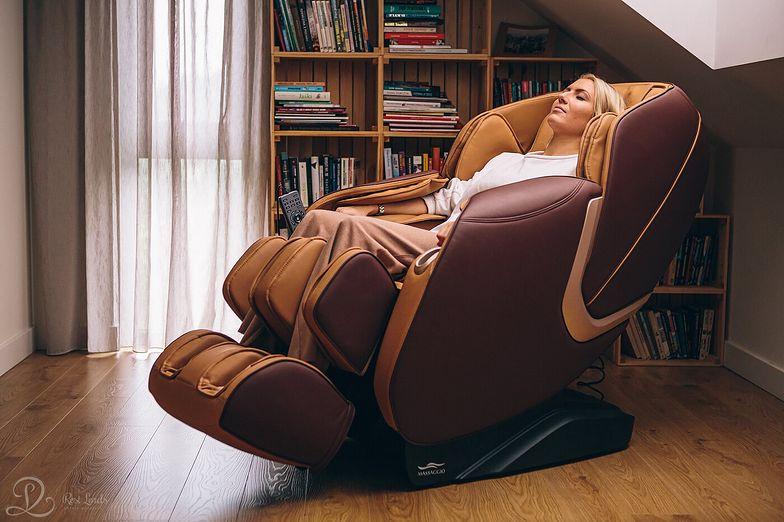 Masaż w domu na wyciągnięcie ręki, czyli zalety fotela z masażem