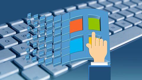 """""""Brzydki sweter"""" z logo Windows 95 – Microsoft ujawnia niespodziankę dla fanów systemu"""