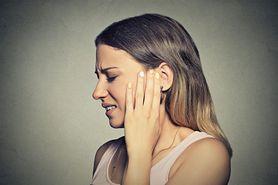 Objawem jakich chorób są szumy uszne?