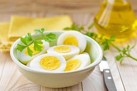 Test świeżości jajek. Jak go wykonać? (WIDEO)