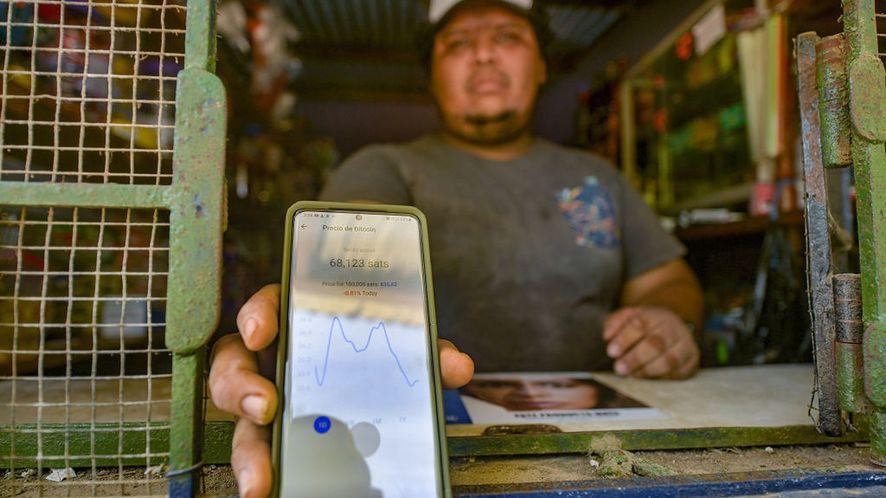 Bitcoin święci triumfy. Stał się legalnym środkiem płatniczym Salwadoru