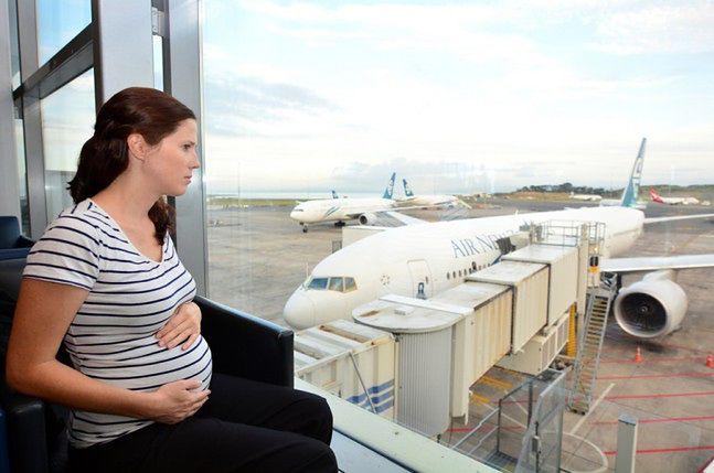 W ostatnim trymestrze ciąży nie powinno się latać samolotem?