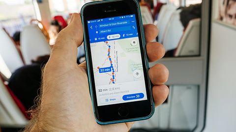 Google pamięta historię lokalizacji smartfonu nawet po wyłączeniu funkcji śledzenia