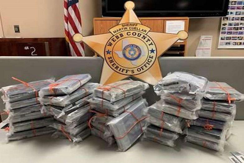 Kokaina ukryta w samochodzie jest warta 850 tysięcy dolarów