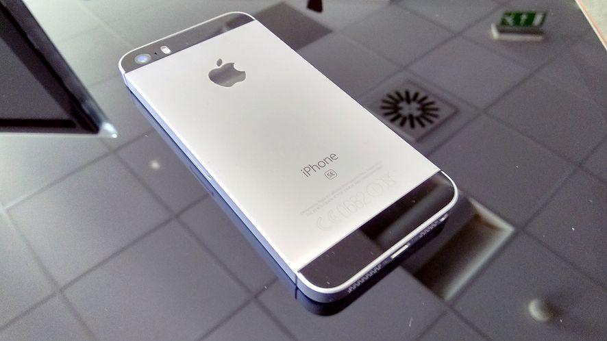 iPhone SE 2 porzuci klasyczne założenia, czy Steve Jobs byłby z niego dumny?