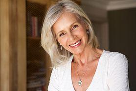Jak cieszyć się życiem pomimo noszenia protezy zębowej? Obalamy mity związane z jej użytkowaniem