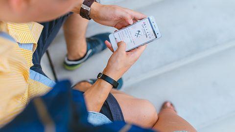 """Reklamowe """"SMS-y"""" nowej generacji trafią na smartfony – no chyba że mamy iPhone'a"""