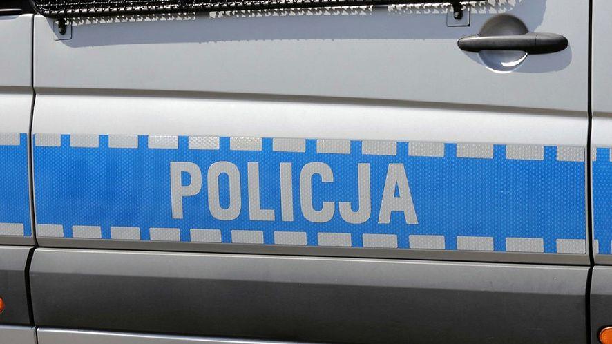 Oszust chciał wyłudzić pieniądze od policjanta zajmującego się zwalczaniem cyberprzestępczości (fot. Policja)