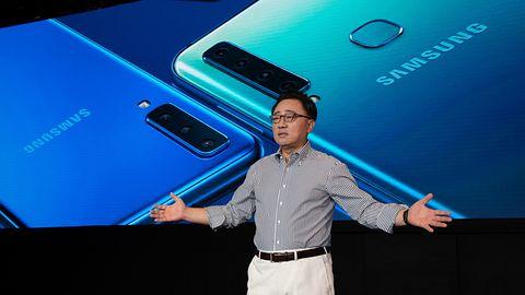 """Składany smartfon Samsunga będzie """"tabletem, który zmieści się w kieszeni"""""""