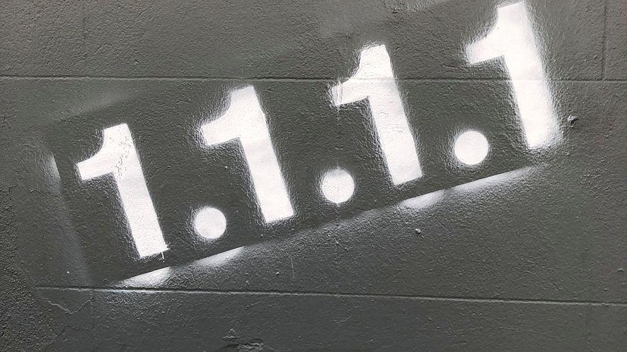 Zmień serwer DNS na 1.1.1.1, aby cieszyć się prywatnością i szybkością w sieci