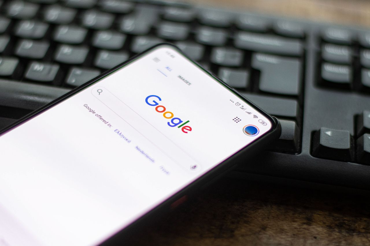 Google zmienia zasady logowania. Odczuje to 150 mln użytkowników - Google wprowadza obowiązkowe 2FA