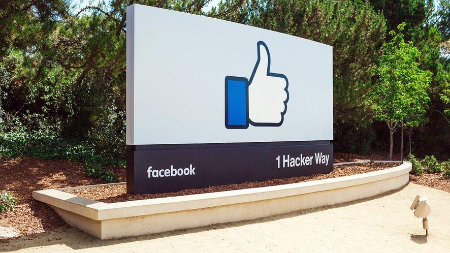 Facebook prawie jak forum pomocy, testuje cenzurę udającą ocenianie komentarzy