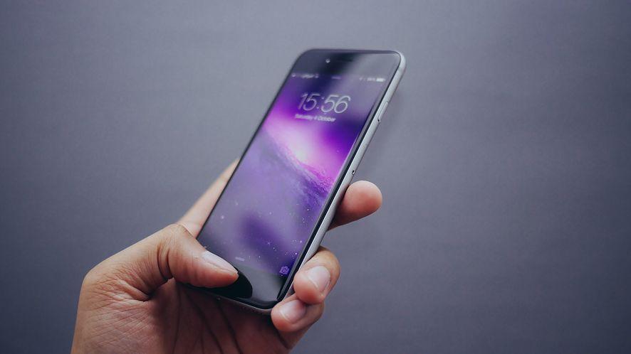 Ten sam odcisk palca może odblokować smartfony różnych osób. Naukowcy umieją go stworzyć