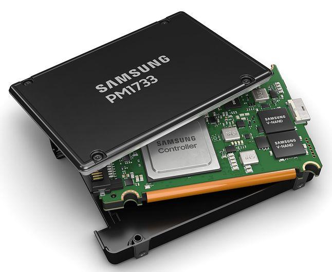 Nowy serwerowy SSD PCIe 4.0 w wersji U.2 (fot. Materiały prasowe Sasmsung)