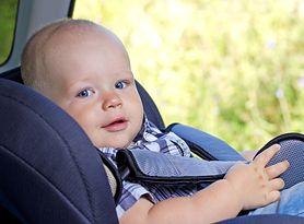 4 błędy, które najczęściej popełniamy podczas wożenia dziecka samochodem