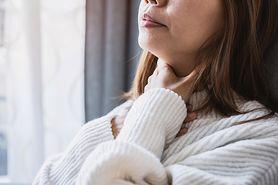 Obrzęk Reinkego – przyczyny, objawy, diagnostyka i leczenie