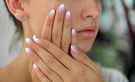Paznokcie hybrydowe ombre – na czym to polega?
