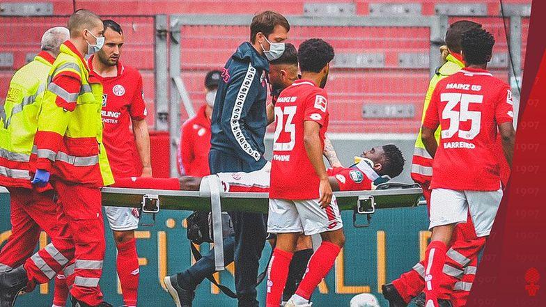 Piłkarz padł jak rażony piorunem. Przerażające sekundy w meczu Bundesligi