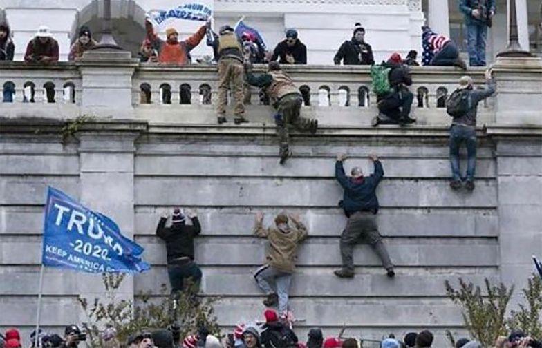 Szturm na Kapitol. Chiny porównują zamieszki do Hongkongu