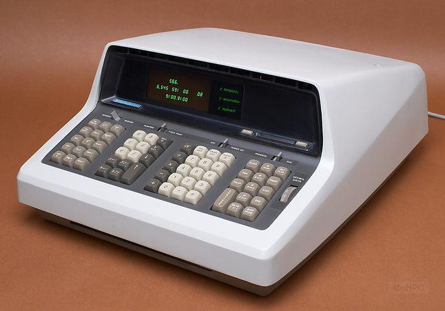 HP-9100A komputer biurkowy z 1968 roku. Zdjęcie hpmuseum.org