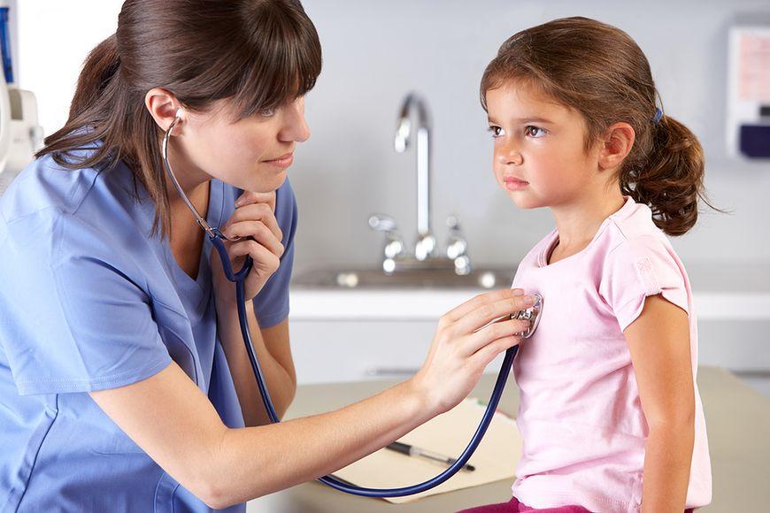 Lekarz dziecięcy