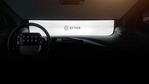Wielkie ekrany i tablet w kierownicy. Samochód przyszłości wg Byton